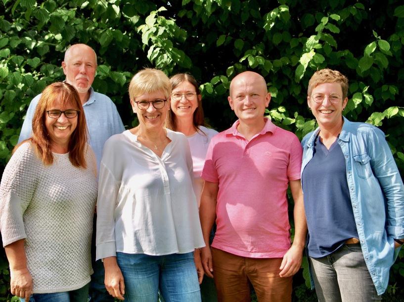 v.l.: Frau Groß (kommisarische Abteilungsleiterin Jg. 5-7), Herr Hanke (Abteilungsleiter Jg. 8-10), Frau Scheffer (Oberstufenleitung), Herr Hildebrand (stellv. Schulleiter), Frau Claßen (Didaktische Leitung), Frau Stuke (Schulleiterin)